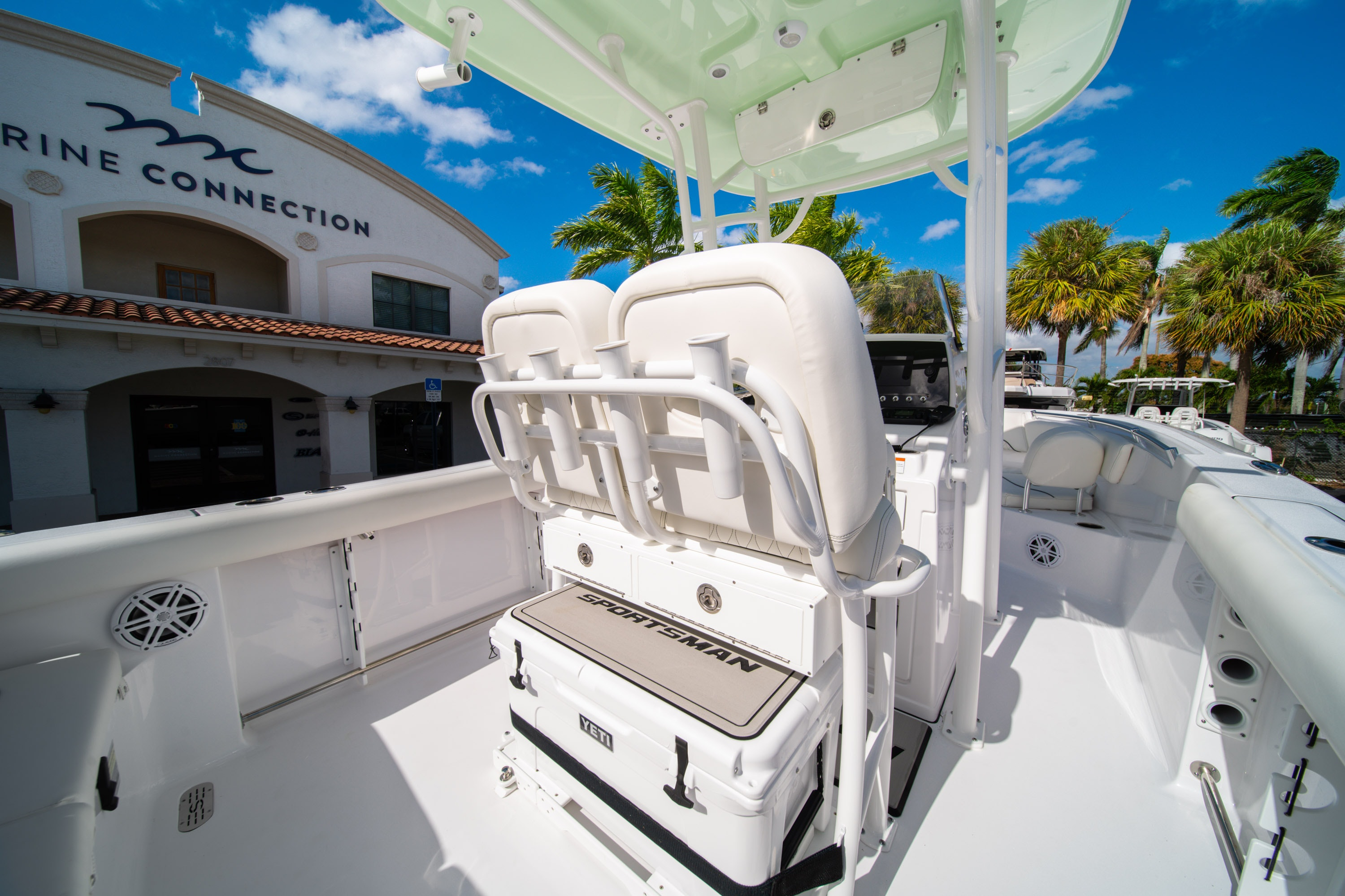 Thumbnail 15 for New 2020 Sportsman Heritage 231 Center Console boat for sale in West Palm Beach, FL