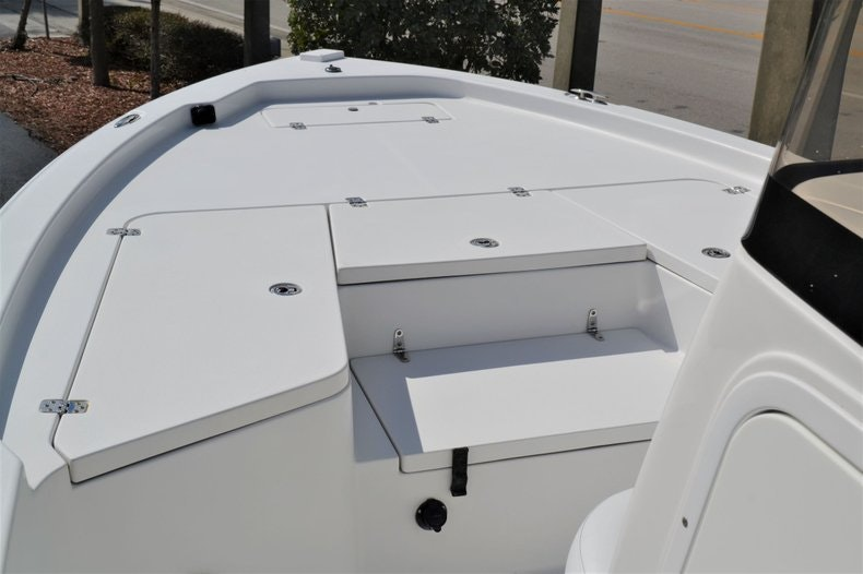 Thumbnail 11 for Used 2011 Sea Hunt BX 24 boat for sale in Vero Beach, FL