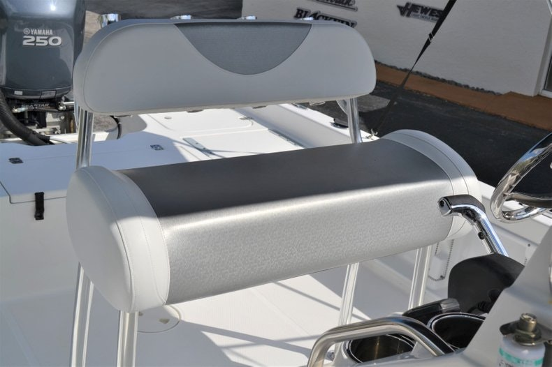 Thumbnail 16 for Used 2011 Sea Hunt BX 24 boat for sale in Vero Beach, FL