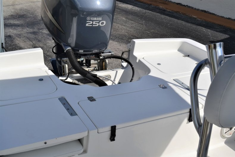 Thumbnail 17 for Used 2011 Sea Hunt BX 24 boat for sale in Vero Beach, FL