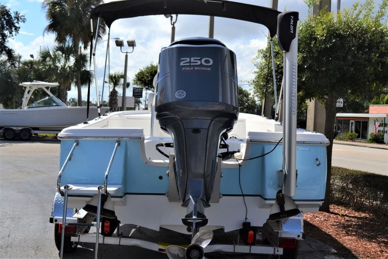 Thumbnail 23 for Used 2011 Sea Hunt BX 24 boat for sale in Vero Beach, FL