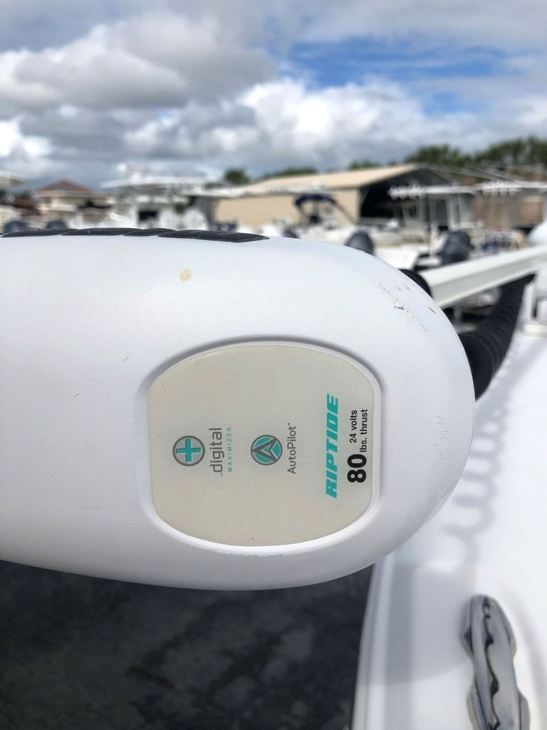 Thumbnail 25 for Used 2011 Sea Hunt BX 24 boat for sale in Vero Beach, FL
