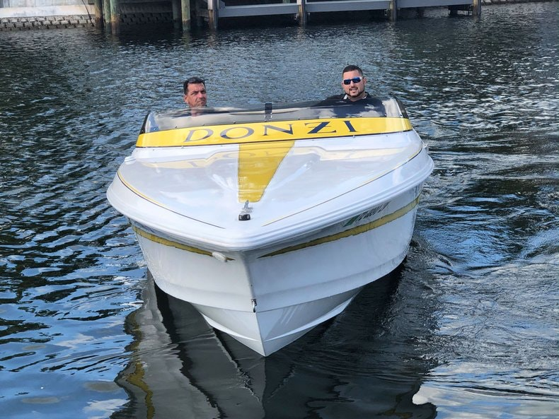 Thumbnail 2 for Used 2002 Donzi 22 ZX boat for sale in Fort Lauderdale, FL