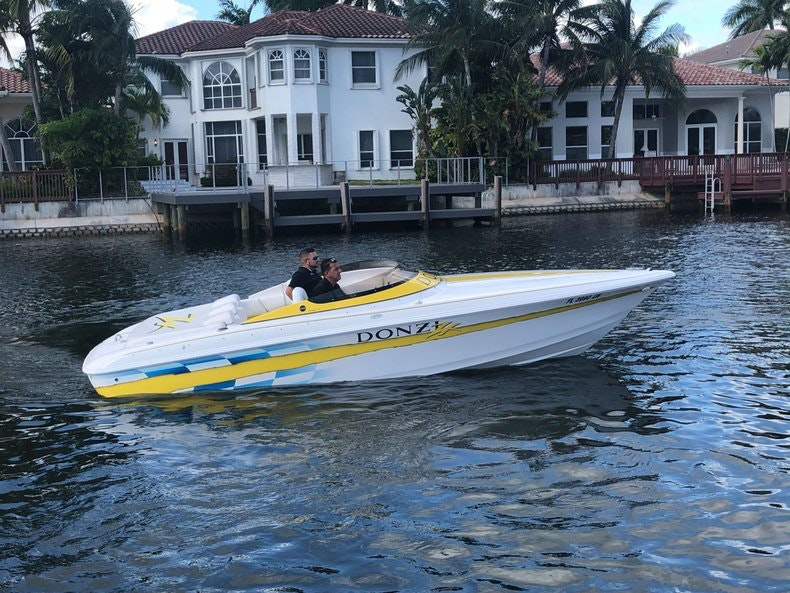 Used 2002 Donzi 22 ZX boat for sale in Fort Lauderdale, FL