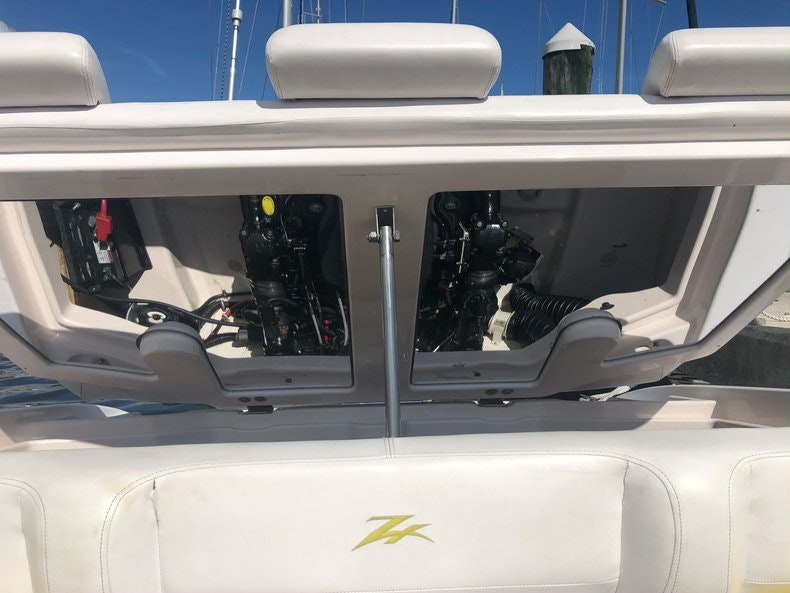 Thumbnail 27 for Used 2002 Donzi 22 ZX boat for sale in Fort Lauderdale, FL