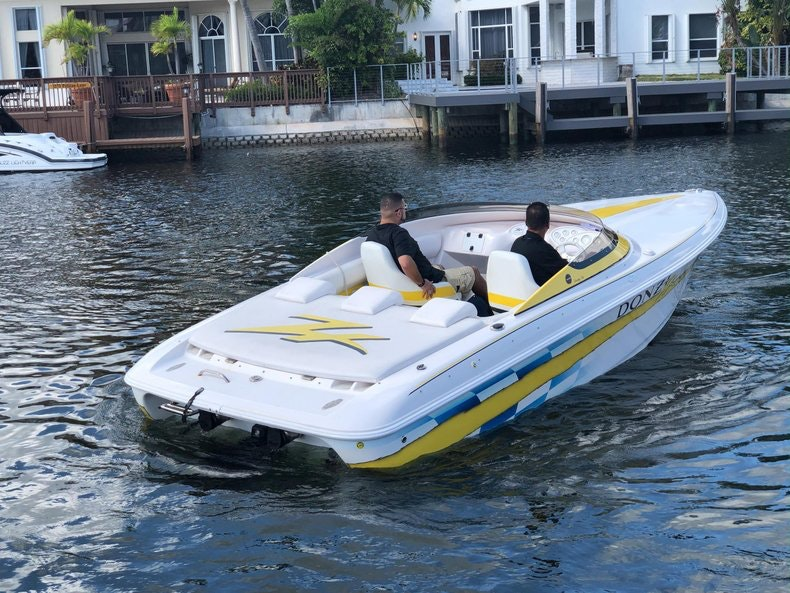 Thumbnail 7 for Used 2002 Donzi 22 ZX boat for sale in Fort Lauderdale, FL