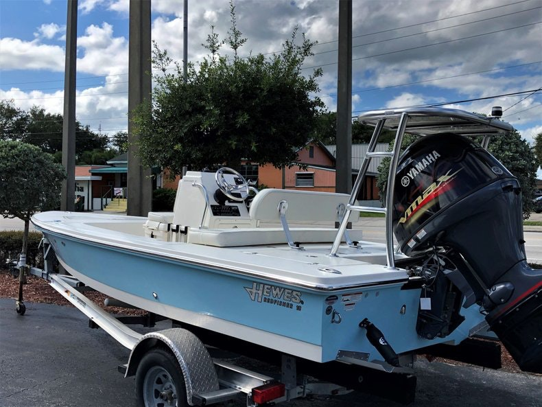 Thumbnail 4 for New 2020 Hewes Redfisher 18 boat for sale in Vero Beach, FL