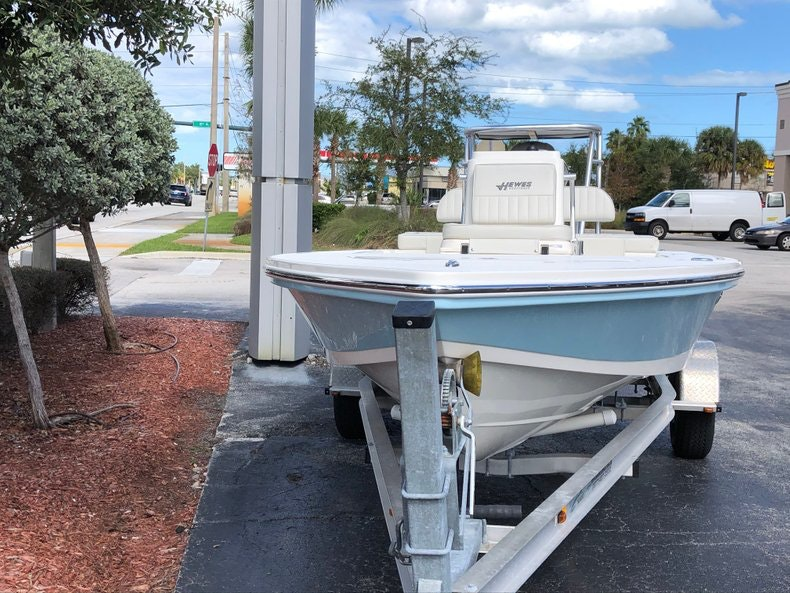 Thumbnail 2 for New 2020 Hewes Redfisher 18 boat for sale in Vero Beach, FL