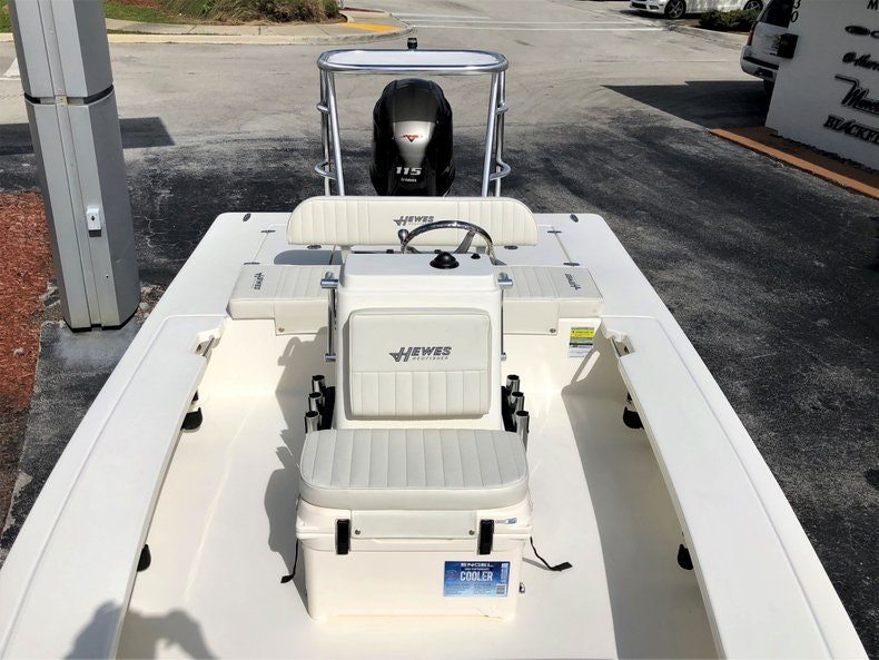 Thumbnail 13 for New 2020 Hewes Redfisher 18 boat for sale in Vero Beach, FL