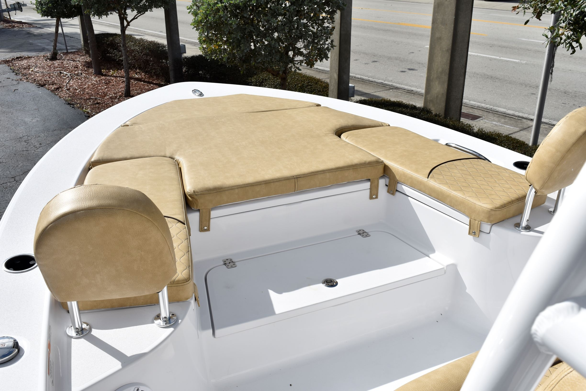 Thumbnail 25 for New 2020 Sportsman Masters 247 Bay Boat boat for sale in Vero Beach, FL