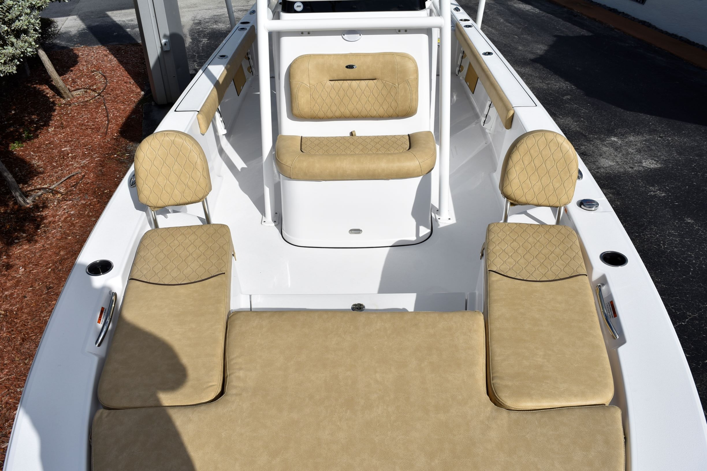 Thumbnail 26 for New 2020 Sportsman Masters 247 Bay Boat boat for sale in Vero Beach, FL