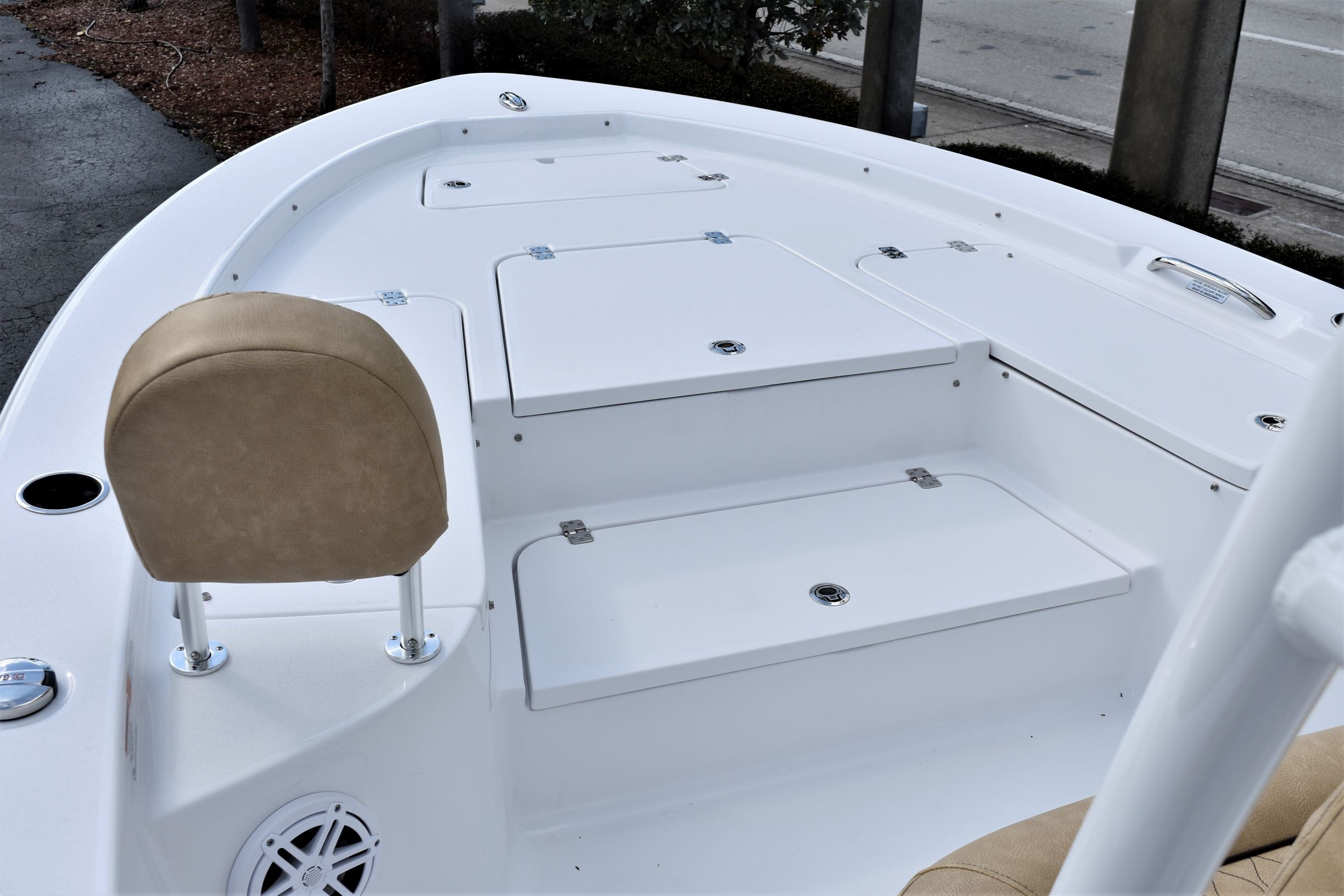 Thumbnail 13 for New 2020 Sportsman Masters 247 Bay Boat boat for sale in Vero Beach, FL