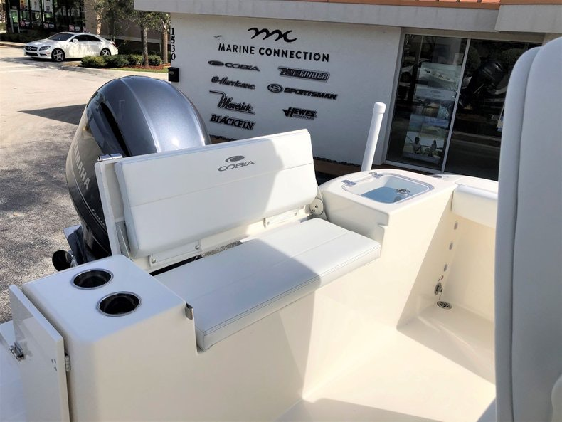 Thumbnail 17 for New 2020 Cobia 220 Center Console boat for sale in Vero Beach, FL
