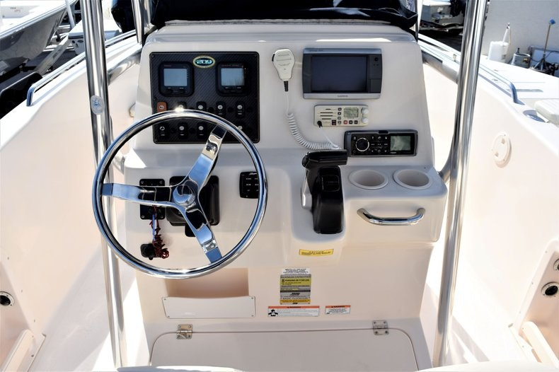 Thumbnail 14 for Used 2010 Grady-White 209 Escape boat for sale in Vero Beach, FL