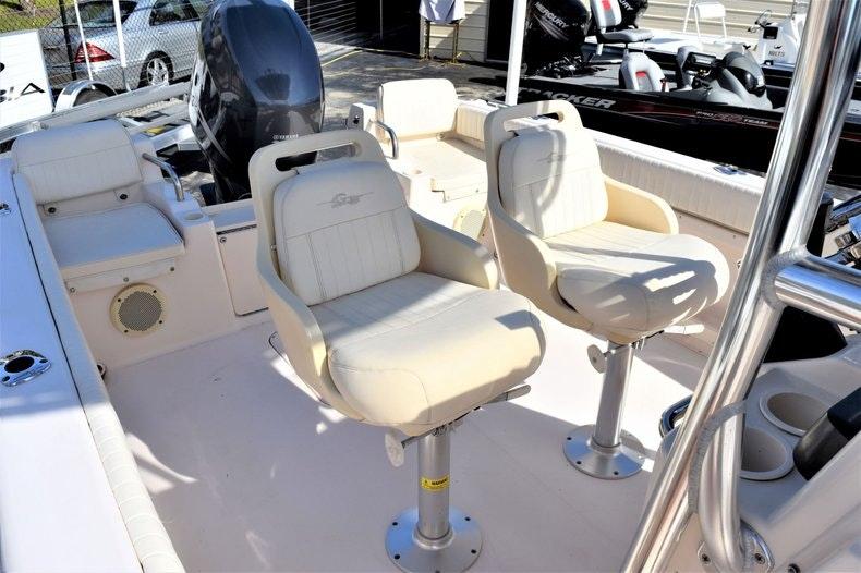 Thumbnail 13 for Used 2010 Grady-White 209 Escape boat for sale in Vero Beach, FL