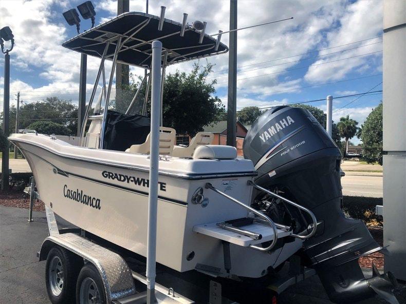 Thumbnail 3 for Used 2010 Grady-White 209 Escape boat for sale in Vero Beach, FL