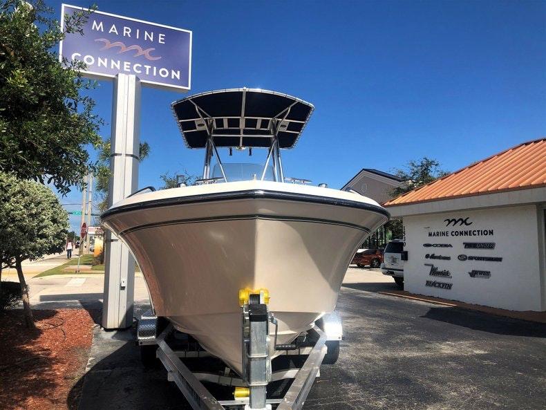 Thumbnail 2 for Used 2010 Grady-White 209 Escape boat for sale in Vero Beach, FL
