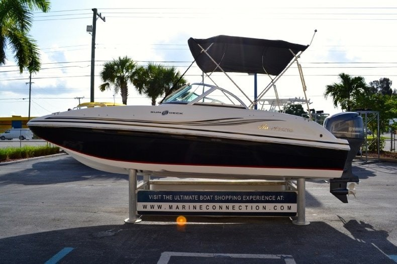 Image 5 for 2013 Hurricane SunDeck SD 187 OB in West Palm Beach, FL