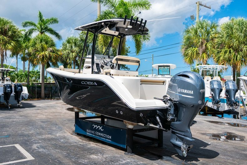 Thumbnail 5 for Used 2017 Cobia 220 Center Console boat for sale in West Palm Beach, FL