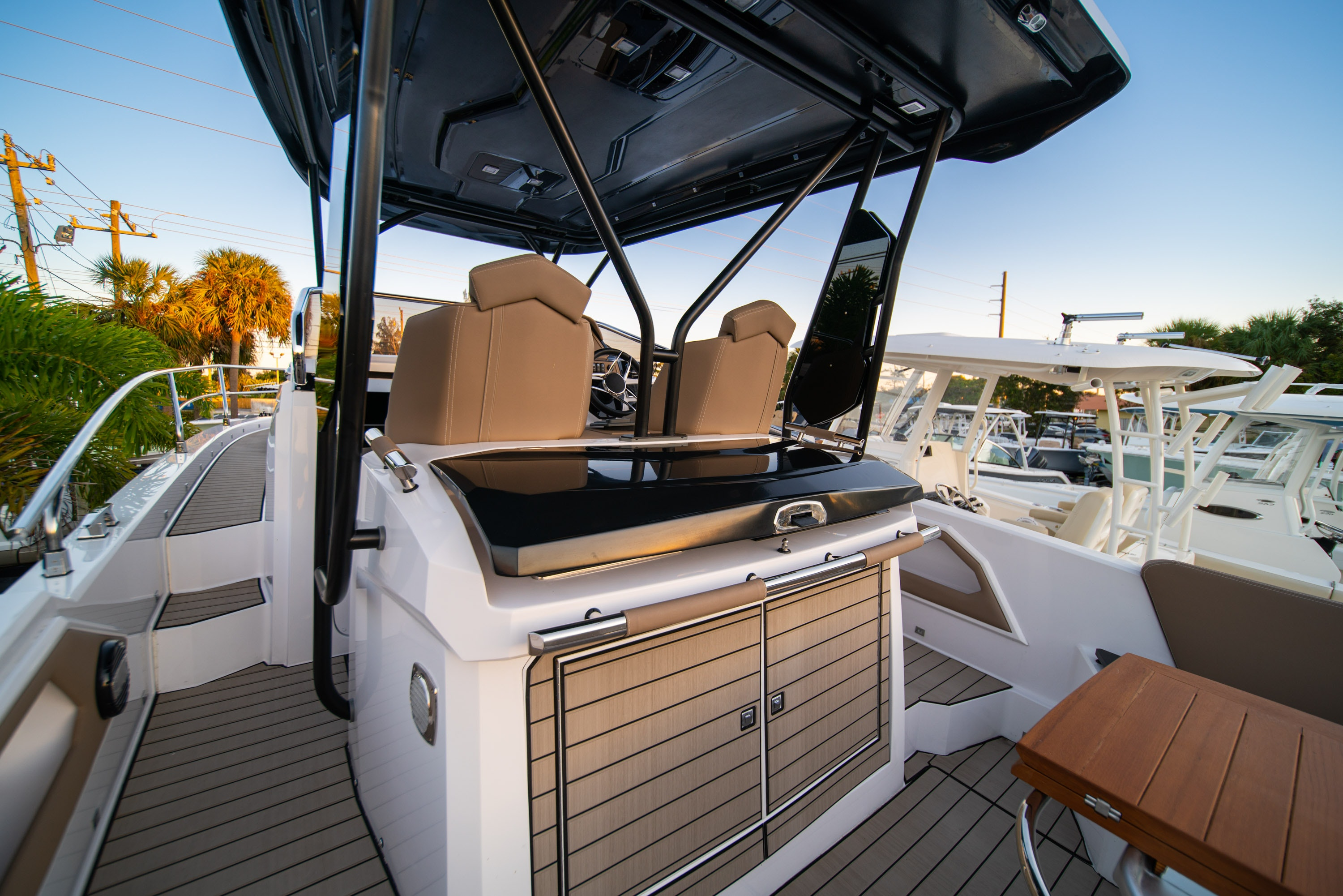 Thumbnail 12 for New 2019 Ranieri Next 370 SH boat for sale in West Palm Beach, FL