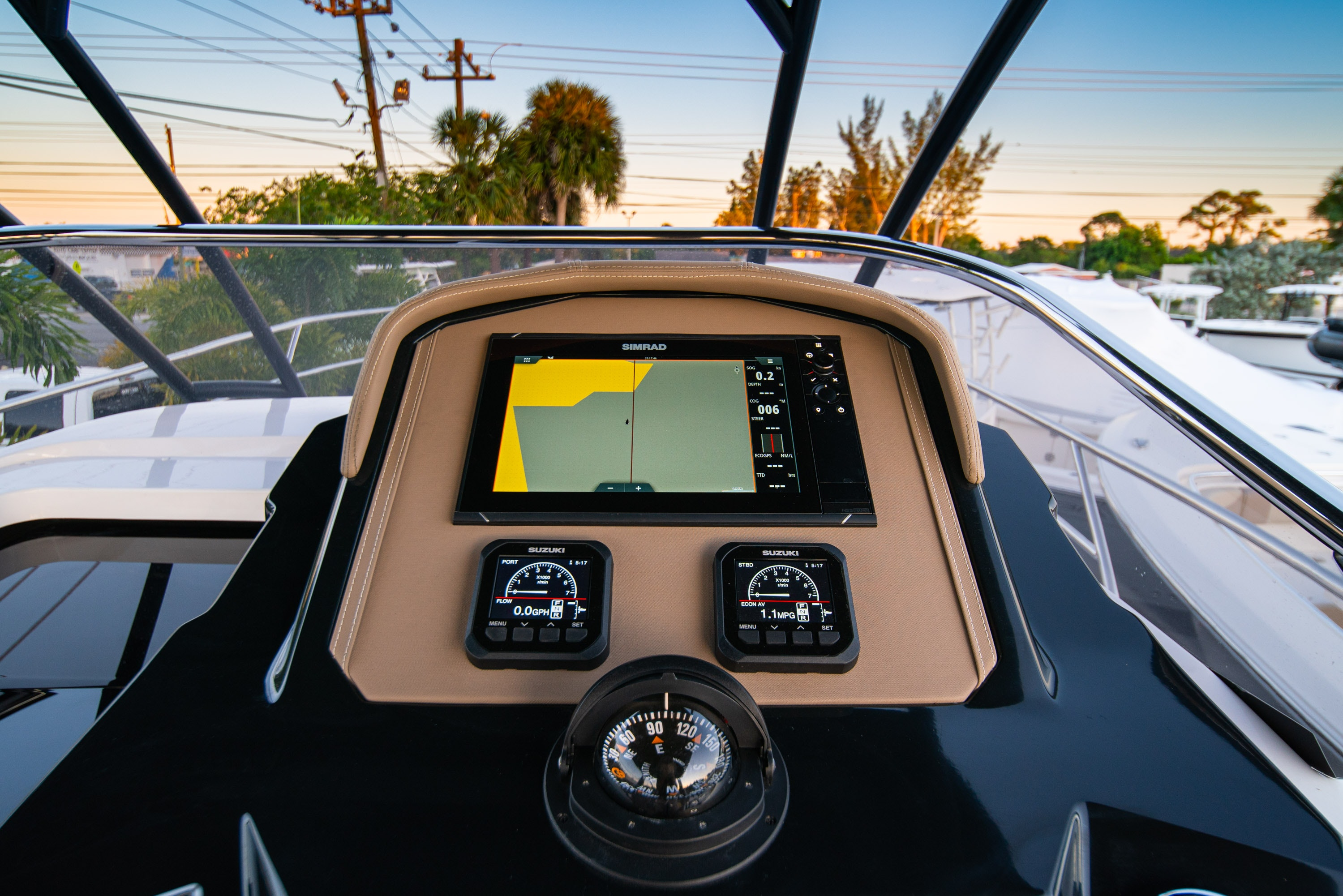 Thumbnail 21 for New 2019 Ranieri Next 370 SH boat for sale in West Palm Beach, FL