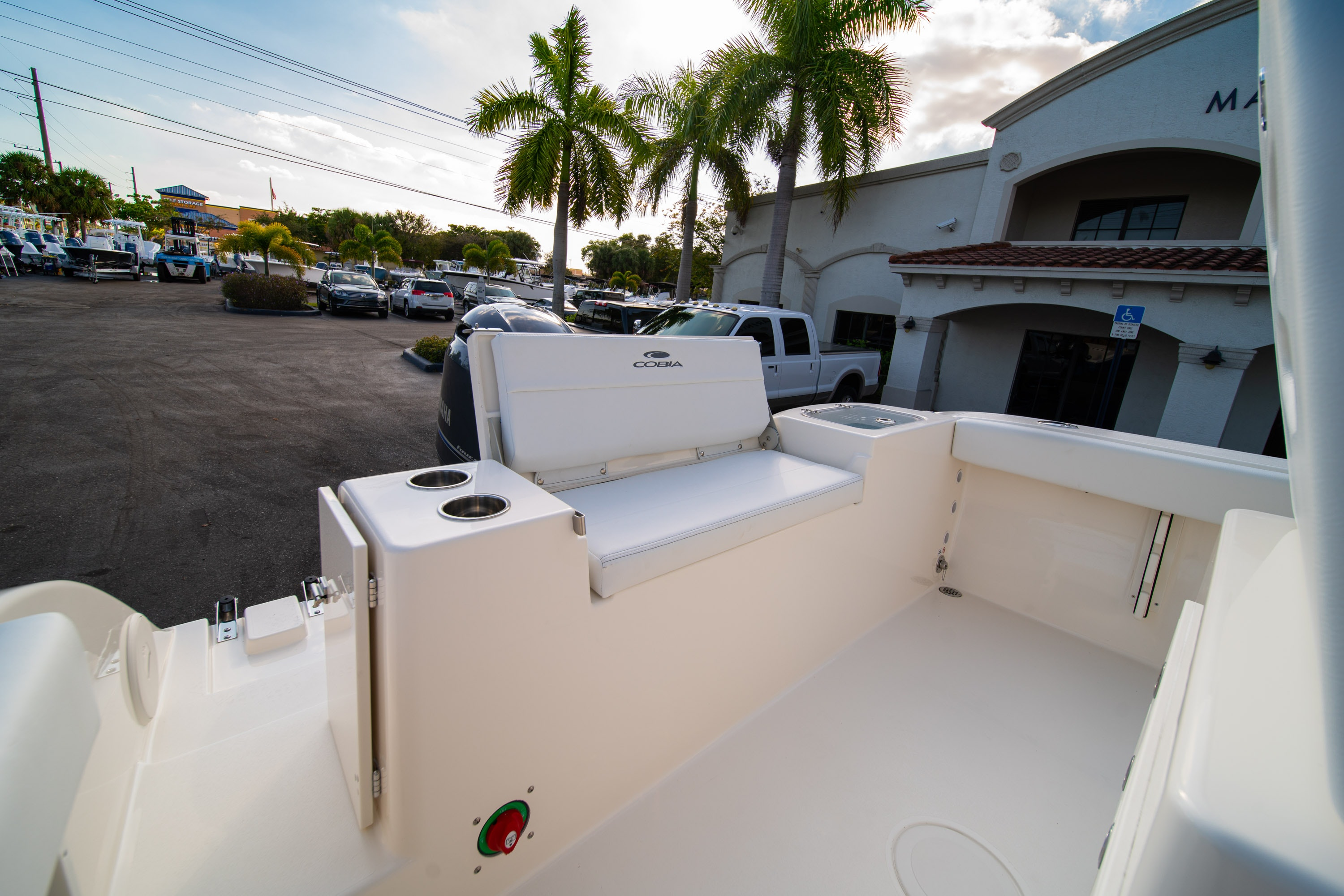 Thumbnail 10 for New 2020 Cobia 220 CC boat for sale in West Palm Beach, FL