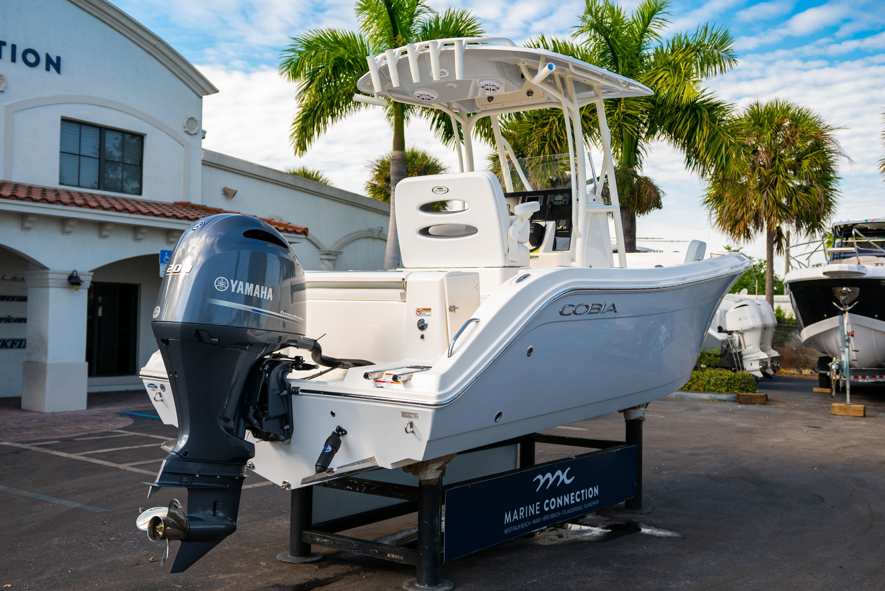 Thumbnail 7 for New 2020 Cobia 220 CC boat for sale in West Palm Beach, FL