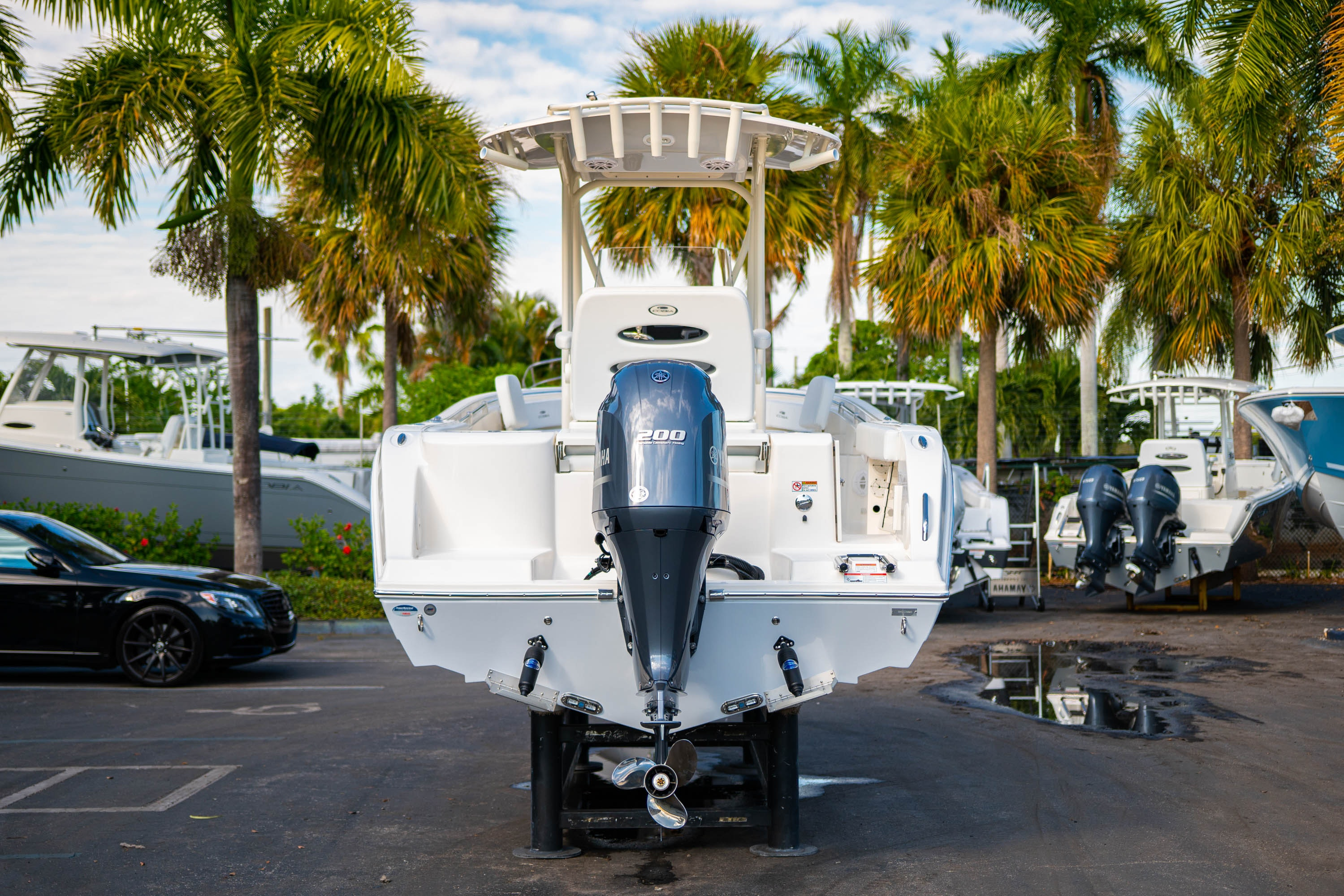 Thumbnail 6 for New 2020 Cobia 220 CC boat for sale in West Palm Beach, FL
