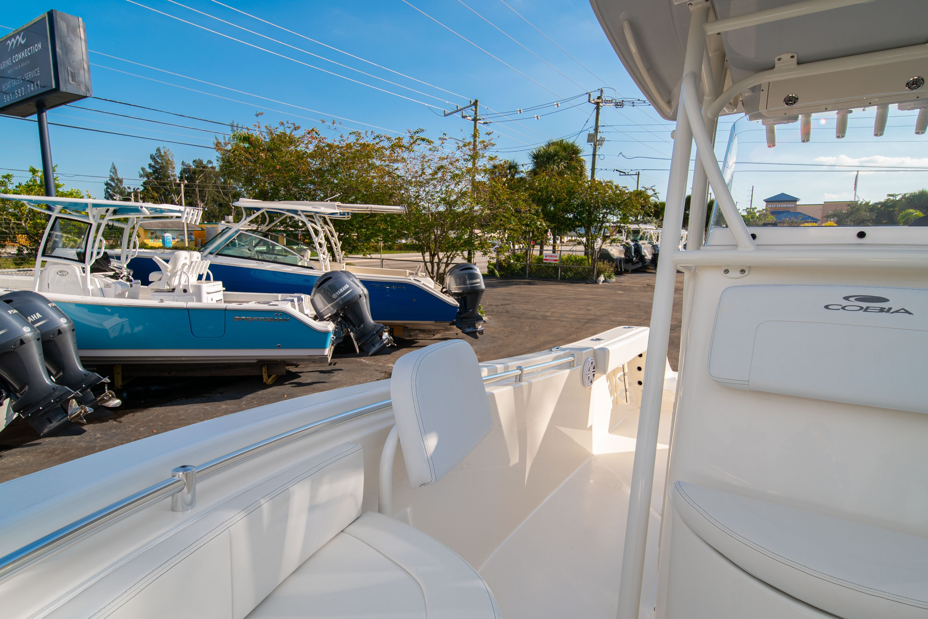 Thumbnail 39 for New 2020 Cobia 220 CC boat for sale in West Palm Beach, FL