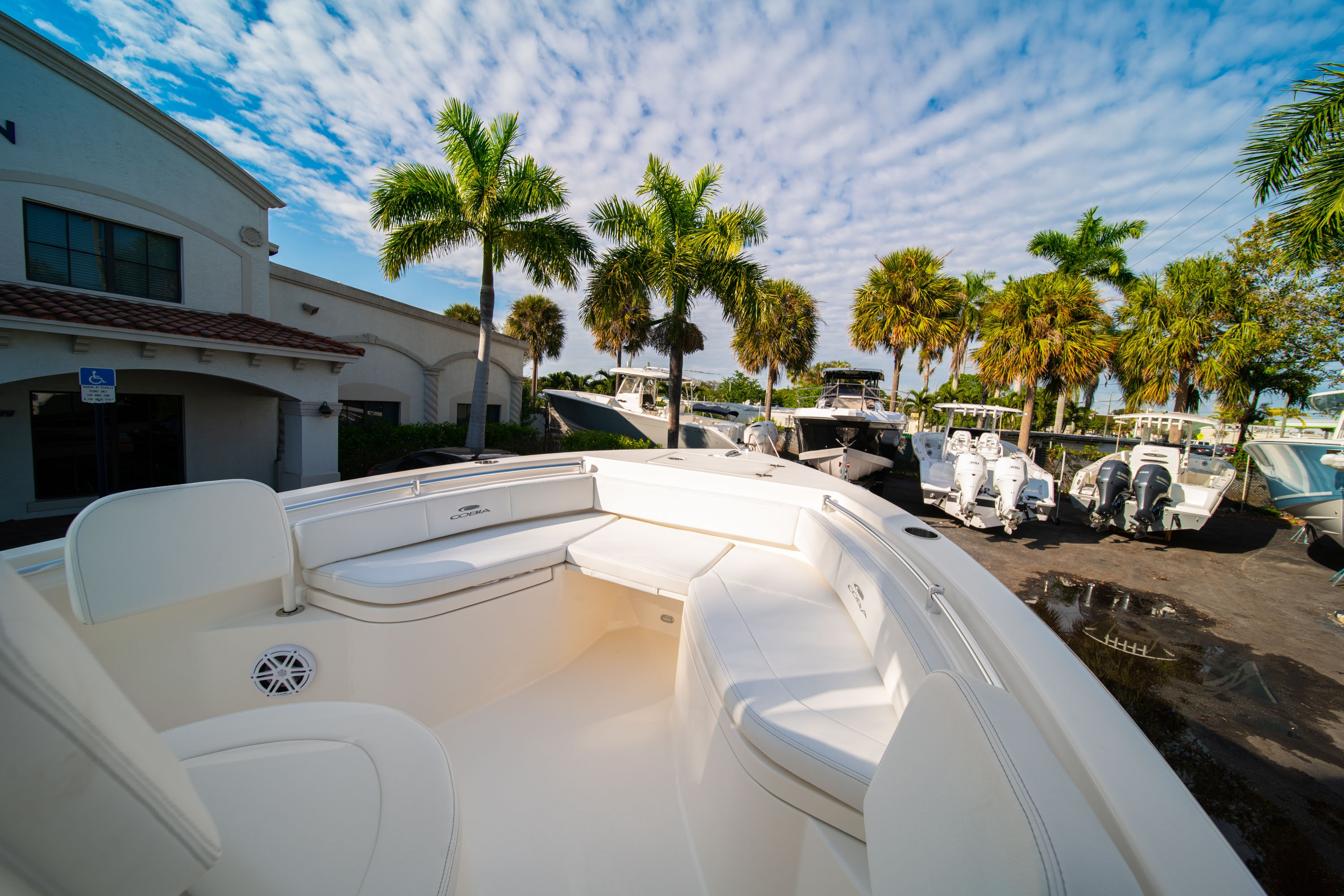 Thumbnail 32 for New 2020 Cobia 220 CC boat for sale in West Palm Beach, FL