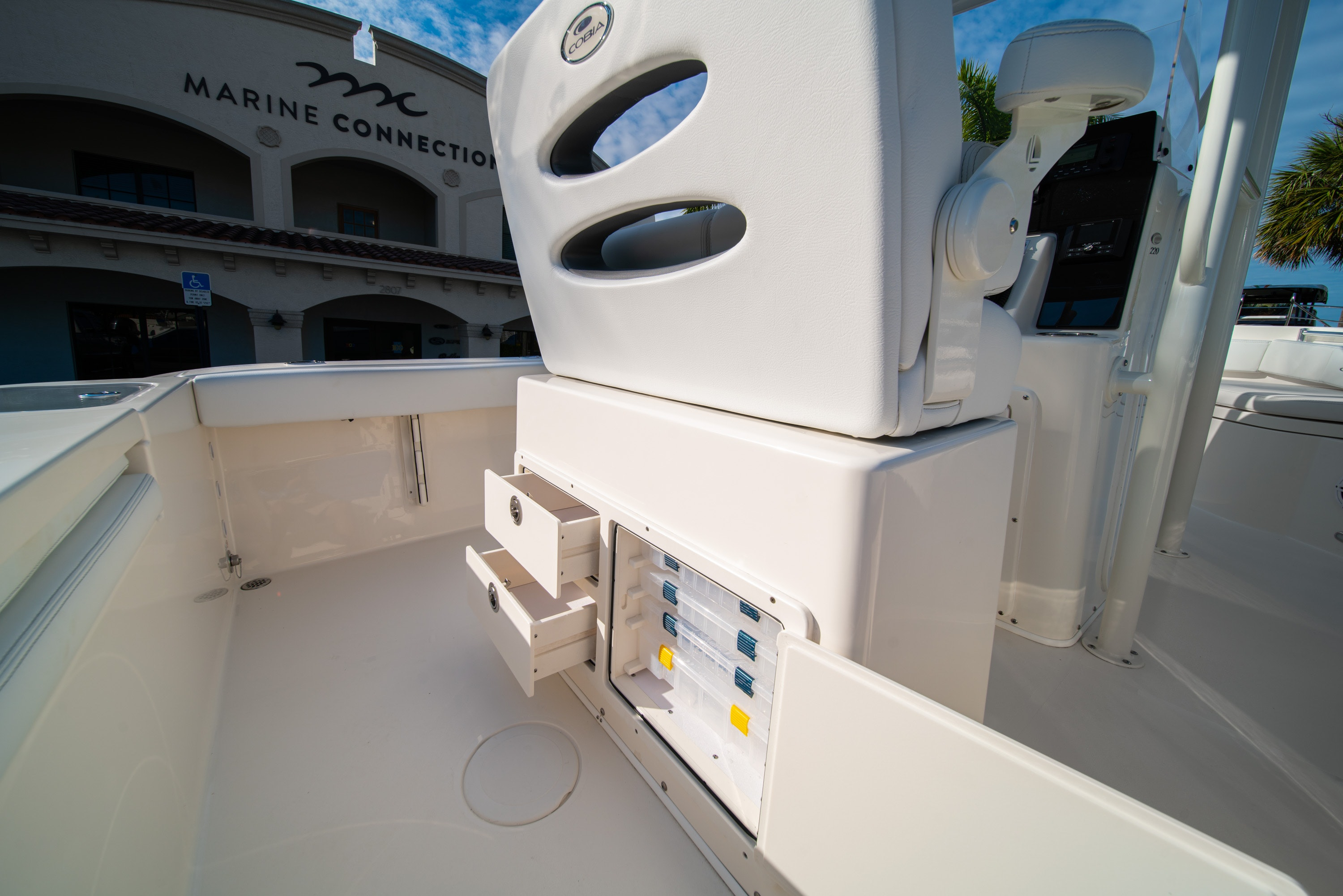 Thumbnail 18 for New 2020 Cobia 220 CC boat for sale in West Palm Beach, FL