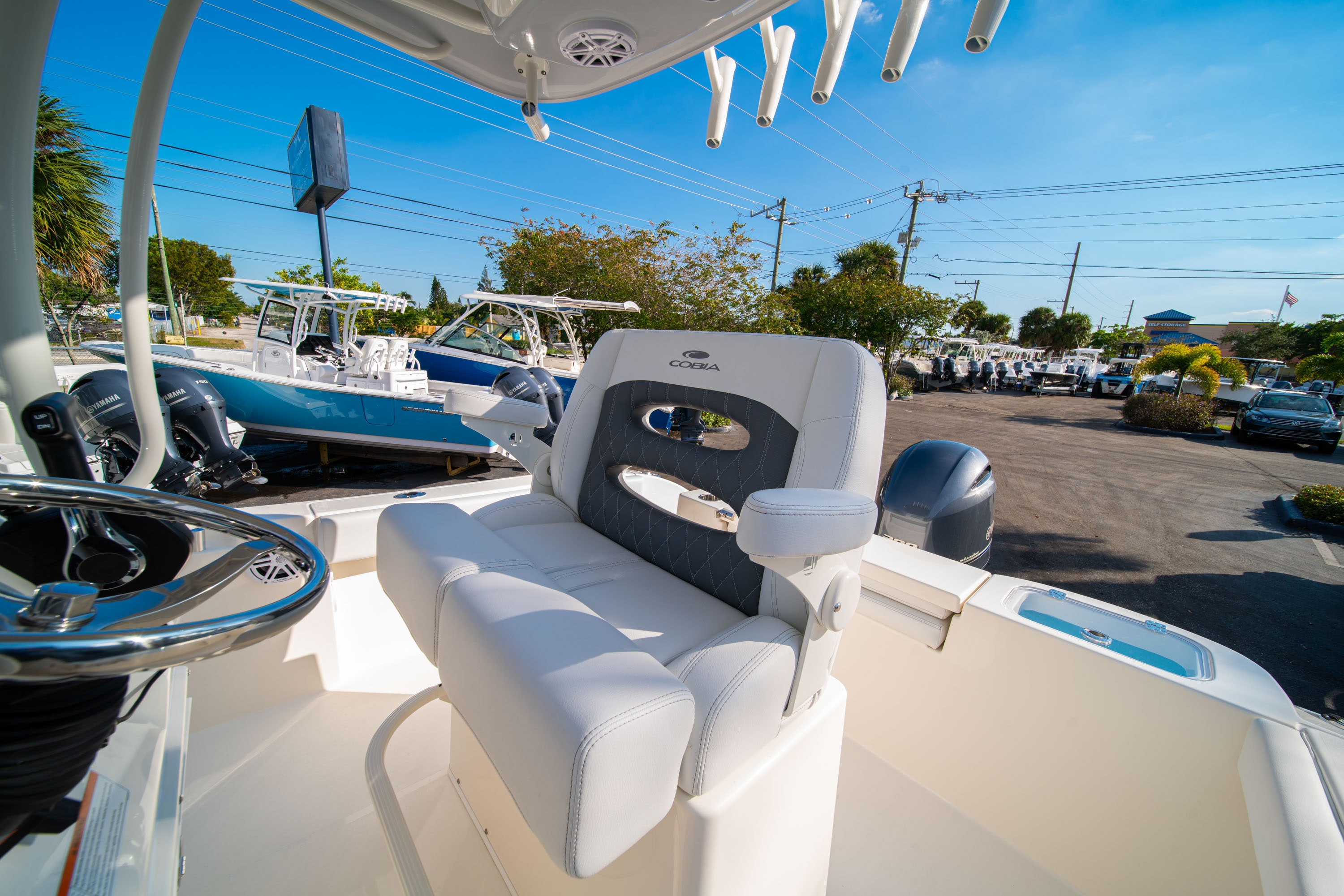 Thumbnail 29 for New 2020 Cobia 220 CC boat for sale in West Palm Beach, FL