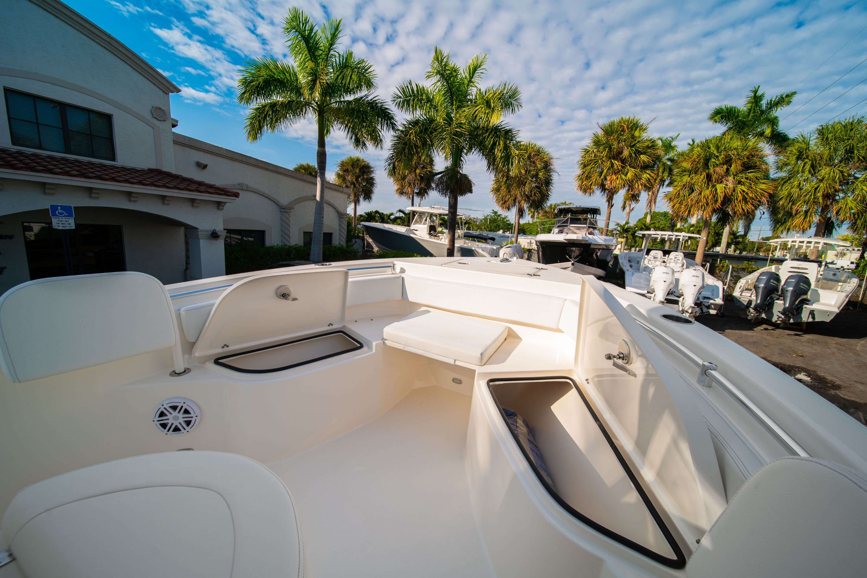 Thumbnail 33 for New 2020 Cobia 220 CC boat for sale in West Palm Beach, FL
