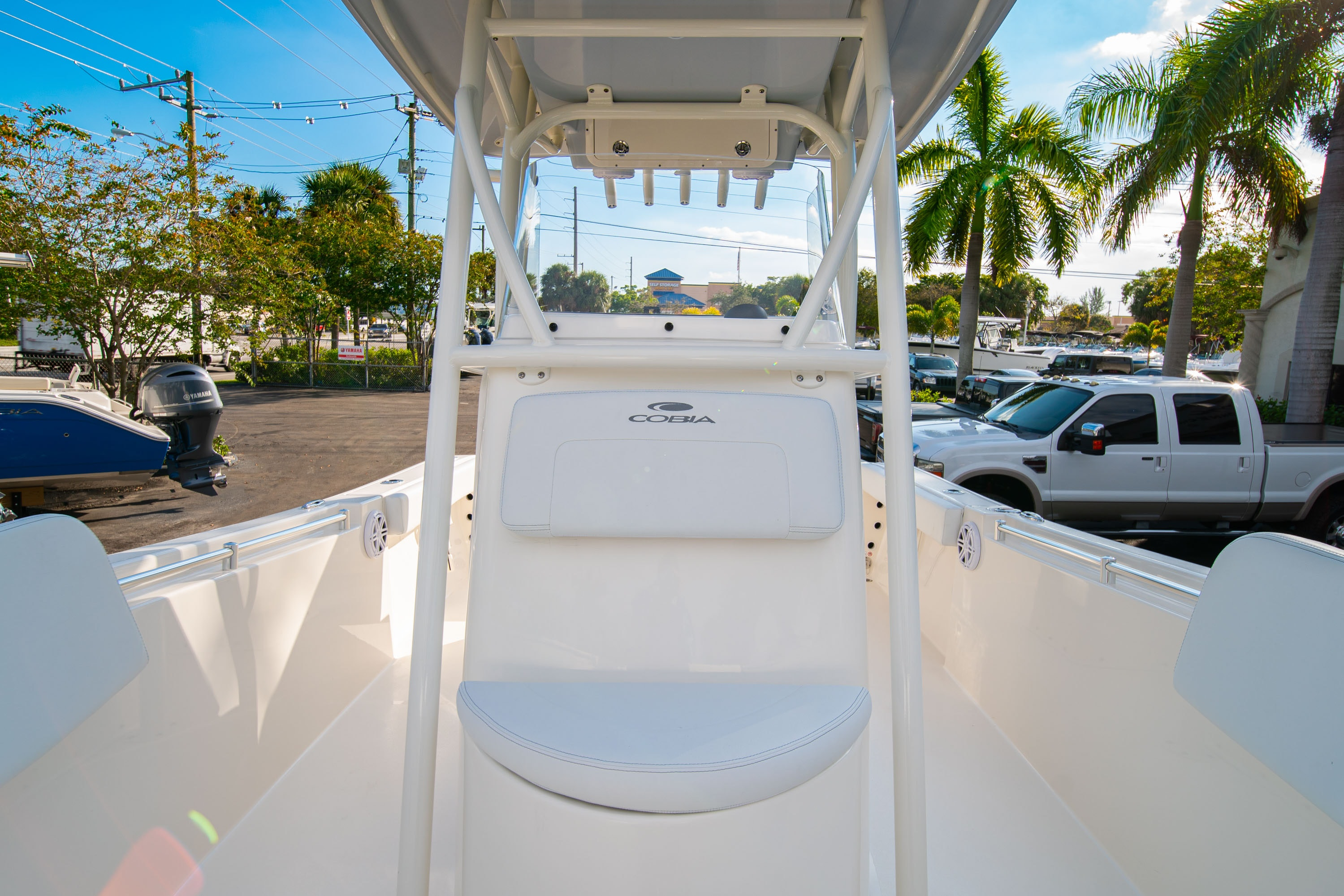 Thumbnail 38 for New 2020 Cobia 220 CC boat for sale in West Palm Beach, FL