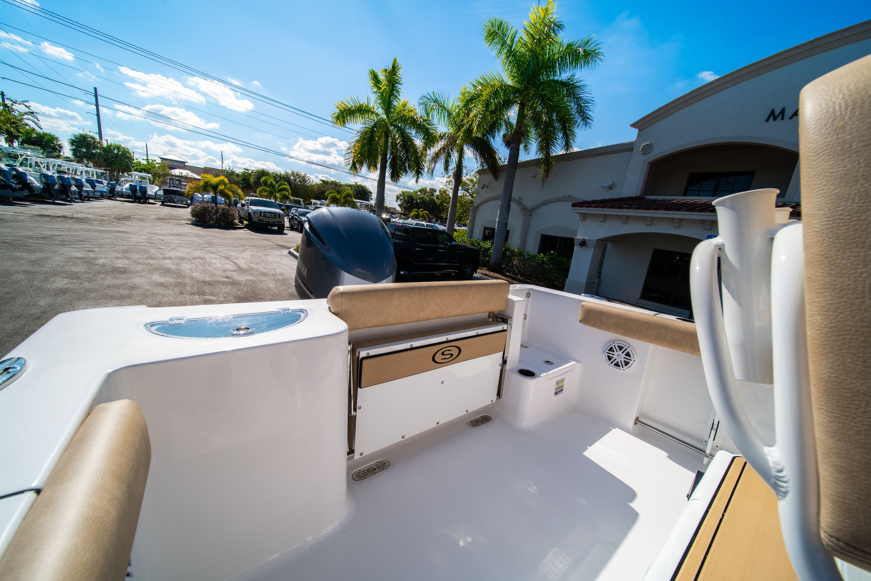 Thumbnail 9 for New 2020 Sportsman Open 232 Center Console boat for sale in West Palm Beach, FL