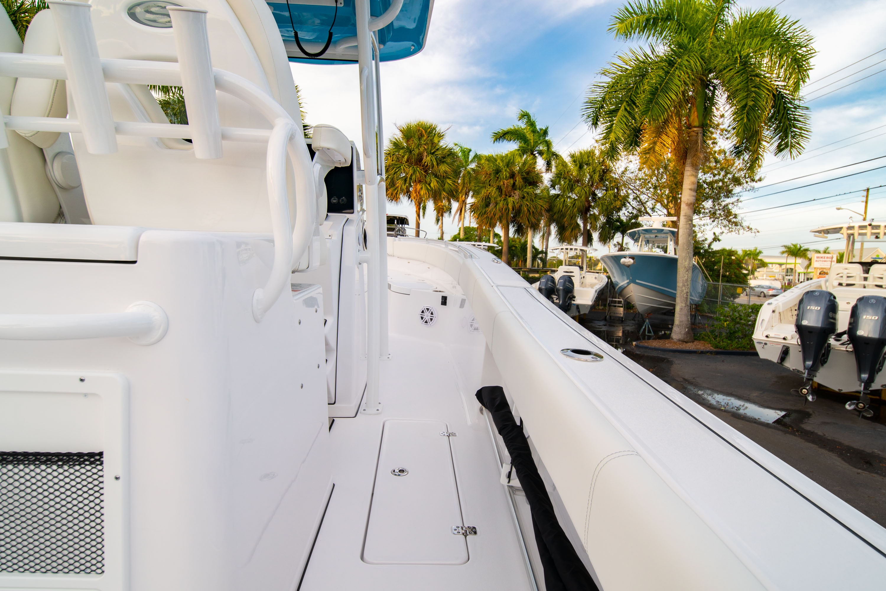 Thumbnail 17 for New 2020 Sportsman Open 282 Center Console boat for sale in West Palm Beach, FL