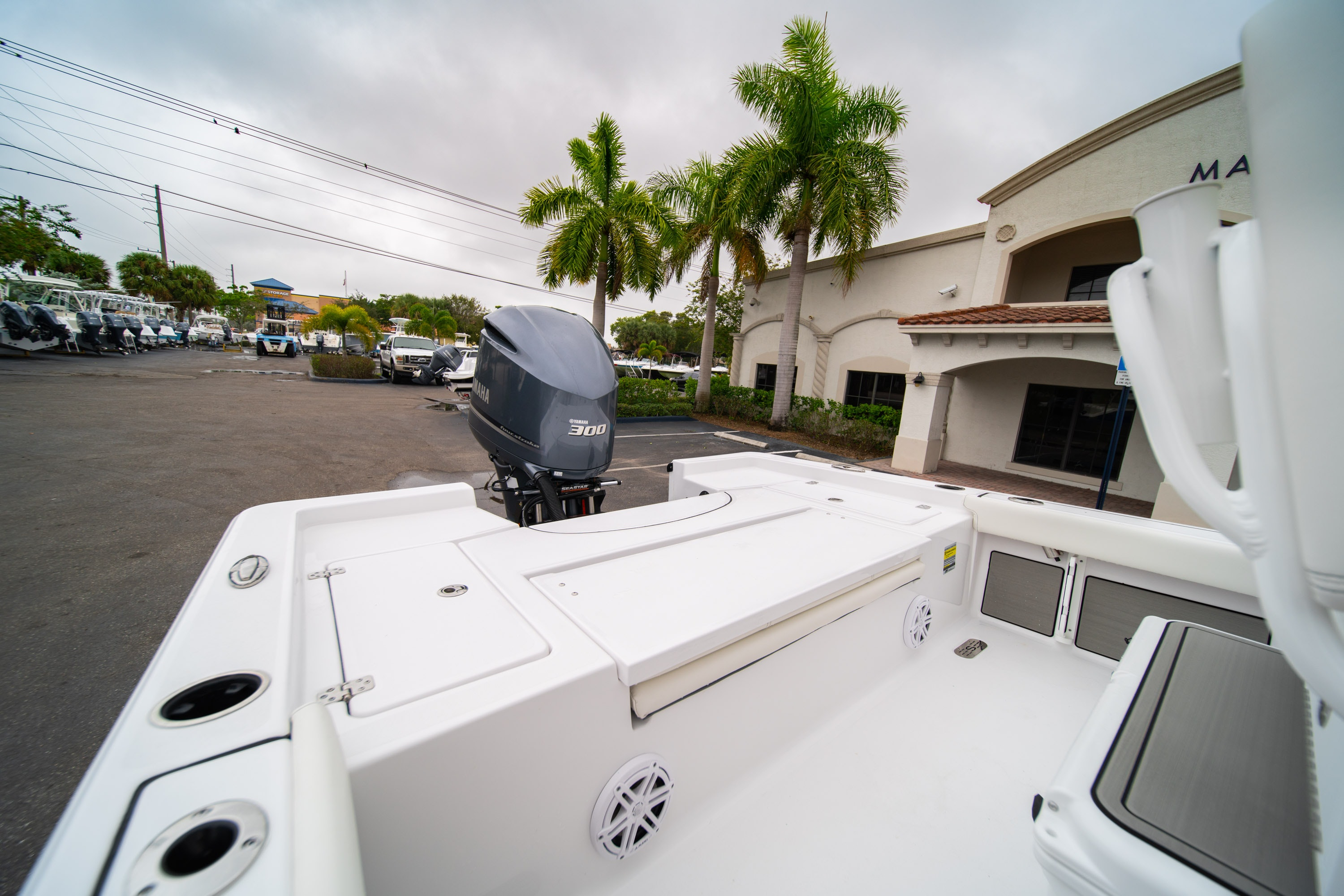 Thumbnail 9 for New 2020 Sportsman Masters 247 Bay Boat boat for sale in West Palm Beach, FL