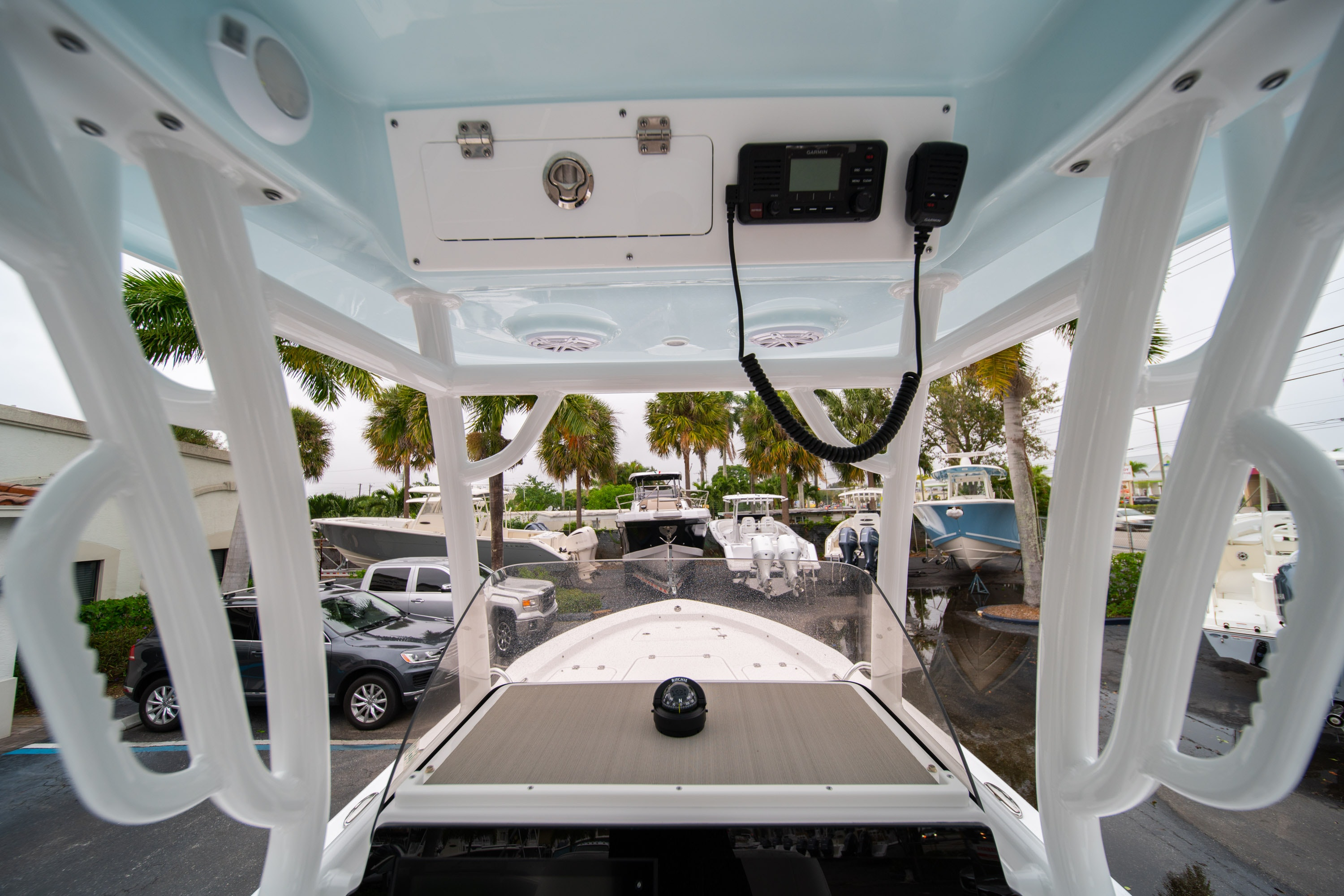 Thumbnail 21 for New 2020 Sportsman Masters 247 Bay Boat boat for sale in West Palm Beach, FL