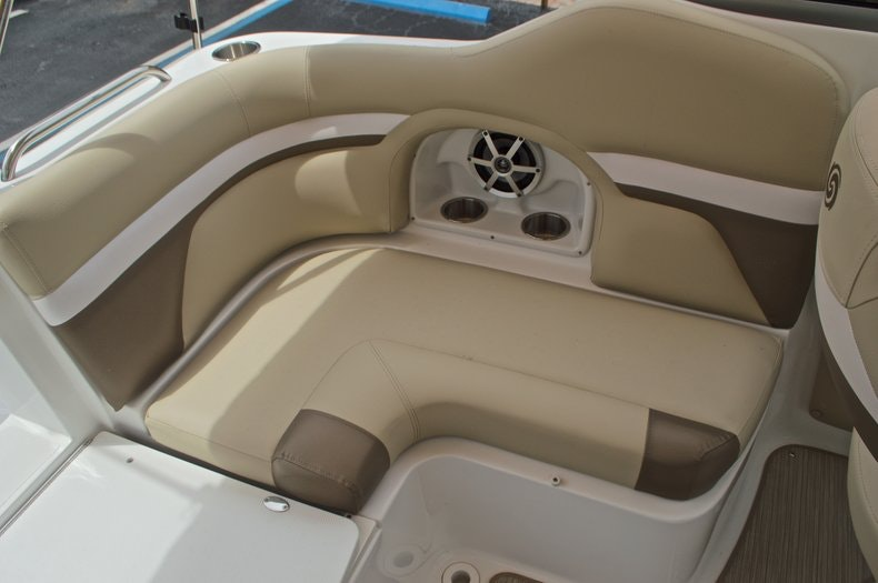 Thumbnail 26 for New 2017 Hurricane SunDeck SD 2486 OB boat for sale in West Palm Beach, FL