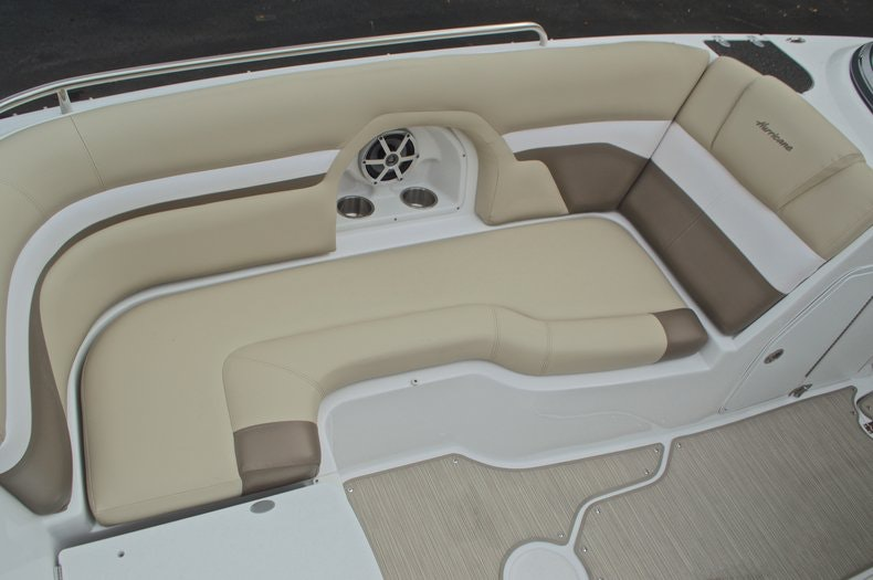 Thumbnail 58 for New 2017 Hurricane SunDeck SD 2486 OB boat for sale in West Palm Beach, FL