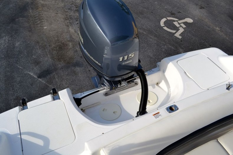 Image 19 for 2014 Hurricane SunDeck SD 187 OB in West Palm Beach, FL
